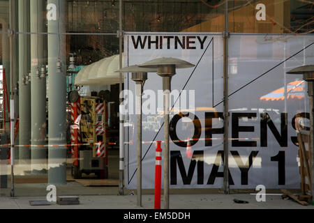 New York, USA. 15th Apr, 2015. Construction workers putting finishing touches on the new Whitney Museum of American - Stock Photo