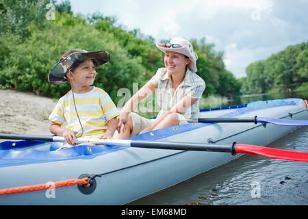 Family kayaking - Stockfoto