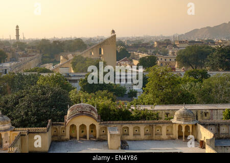 Sundial of Jantar Mantar in Jaipur. - Stockfoto