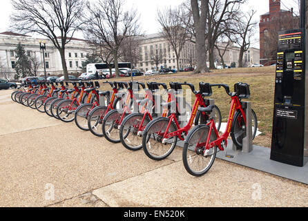Washington, DC, USA. March 10,2014 .Capitol Bikeshare, a bike rental service on Jefferson Drive, Washington, DC - Stockfoto