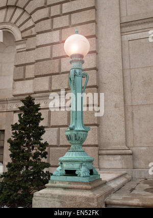 lamppost outside the United States Department of Agriculture, Washington, DC - Stock Photo