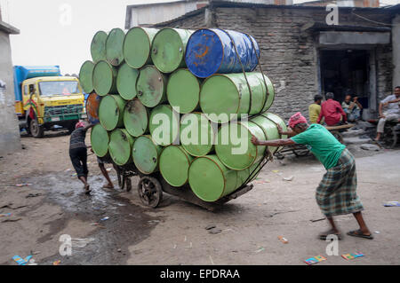 bangladesh labor union Bangladesh labor laws and procedures pose formidable barriers to founding and operating a union the labor law requires an unreasonably high 30 percent of workers in a factory to agree to form a.