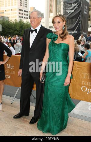David koch and julia koch the metropolitan opera season for David koch usa