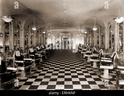 Los Angeles, California, USA, c. 1923 - The Biltmore Hotel barber shop. Hotels. - Stock Photo