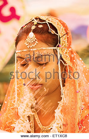 hindu single women in shields Hindu way of life hinduism, a special one  pointing the index finger channels that force into a single stream  a hindu woman will keep modestly in the .