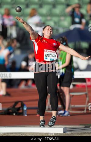 Oslo, Norway. 11th June, 2015. Diamond League Bislett Games Kristin Sundsteigen of Norway . competes in the women - Stockfoto