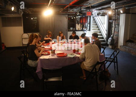 New York City, USA. 26th July, 2015. Participants of a 'preservation class' dissect rats in the basement of the - Stock Photo