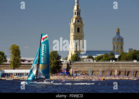 St Petersburg, Russia. 21st August, 2015. Oman Air with World champion Stevie Morrison in front of St. Peter and - Stock Photo