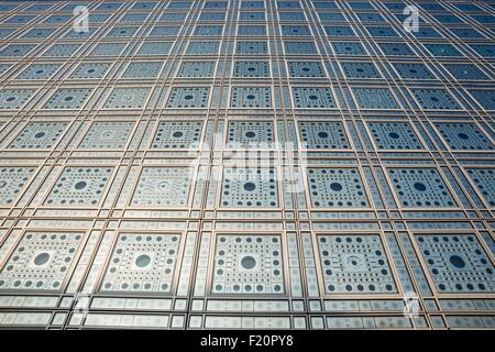 France, Paris, the Arab World Institute designed by architects Jean Nouvel and Architecture-Studio 1, detail of - Stock Photo