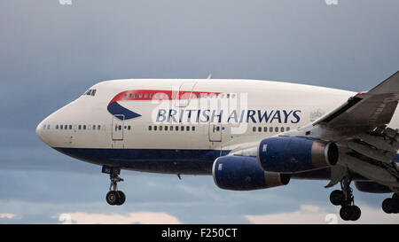 British Airways Boeing 747-400 G-CIVU - Stock Photo