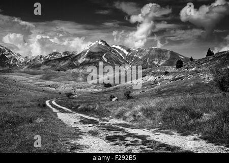 Landscape view of Parco Nazionale del Gran Sasso e Monti della Lage. Campo Imperatore.Gran Sasso D'Italia.Gran - Stock Photo