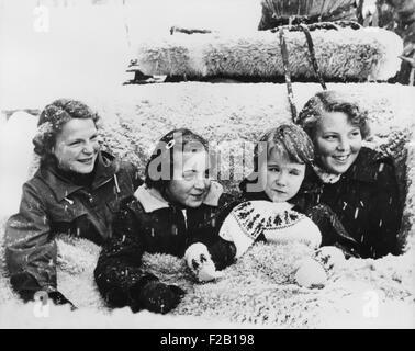 Dutch princesses in snow, Grindlewald, Switzerland, L-R: Irene, Marguerite, Marijke, and Beatrix. Jan. 4, 1954. - Stock Photo