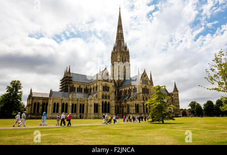 Salisbury cathedral featuring the tallest spire in the UK - Stock Photo