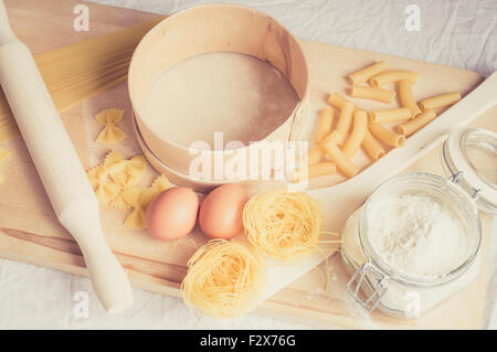 To prepare the paste tools and ingredients on the table - Stock Photo