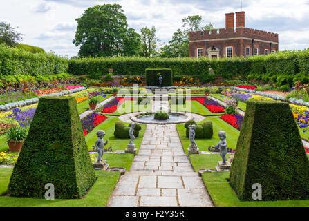 The Pond Gardens Hampton Court Palace London England Stock Photo ...