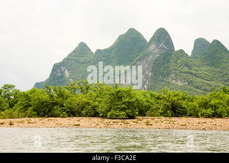 Karst mountain at li river china - Stock Photo