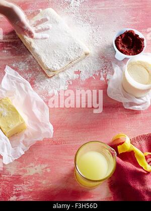 Butter, Gebäck, Mehl, Zitronensaft - Stockfoto