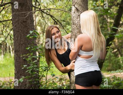 Canada,Girlfriends,Fun,Leisure,Forest - Stockfoto