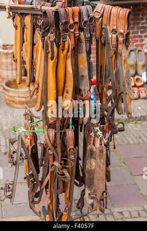 close-up of old, wooden ice skates, Holland - Stockfoto