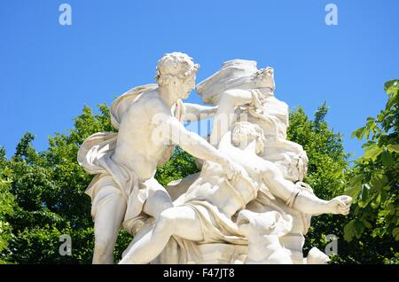 Classical marble statue with human figures - Stockfoto