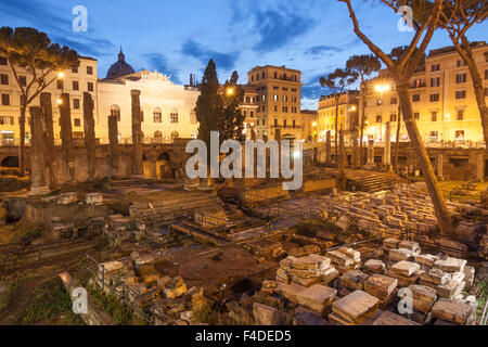 Temple B, dedicated to Fortuna Huiusce Diei. Ancient Rome remains at Largo di Torre Argentina, Rome, Italy - Stock Photo