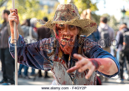 Paris, France. octobre 3rd, 2015. FRANCE, Paris: A participant poses during 8th Zombie Walk held in Paris on October - Stock Photo
