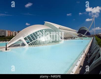 The City of Arts and Sciences, (Ciudad de las Artes y las Ciencias), Valencia, Spain. - Stock Photo