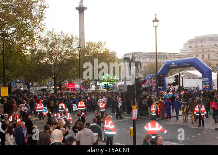 London UK. 31st October 2015. Thousands of fans packed Trafalgar Square fanzone to watch the 2015 RWC Final between - Stock Photo