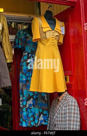 vintage retro clothes shop fox in bristol uk