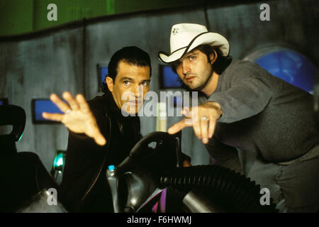 Jul 23, 2002; Hollywood, CA, USA; (L-R) ANTONIO BANDERAS with director ROBERT RODRIGUEZ on the set of 'Spy Kids - Stock Photo