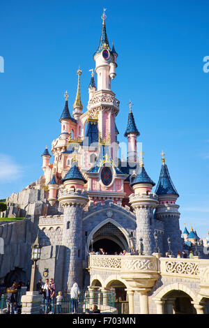 sleeping beauty castle within fantasyland disneyland paris stock photo royalty free image. Black Bedroom Furniture Sets. Home Design Ideas