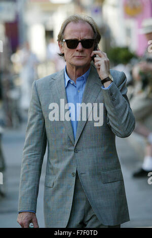 BILL NIGHY THE HITCHHI...