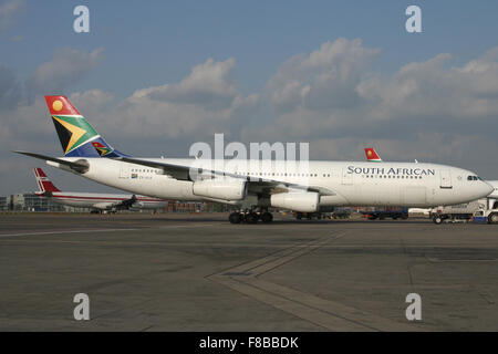 SAA SOUTH AFRICAN A340 - Stock Photo