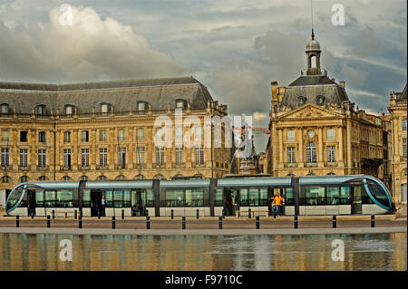 Tram by miroir d 39 eau place de la bourse bordeaux france for Mirror pool bordeaux