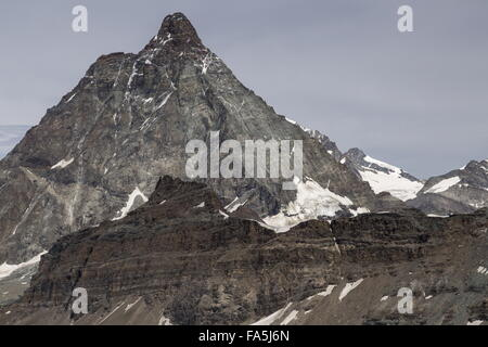 The matterhorn, viewed from the Italian side above Cervina, Italy - Stockfoto