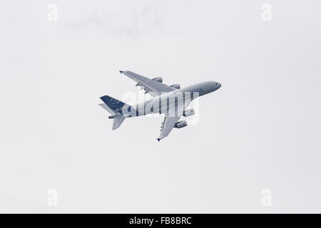 Airbus A380, Farnborough International Airshow, Farnborough Airport, Rushmoor, Hampshire, England - Stock Photo