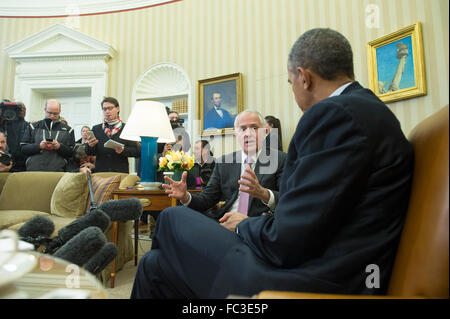 Washington, DC, USA. 19th Jan, 2016. United States President Barack Obama, right, and Prime Minister Malcolm Turnbull - Stock Photo