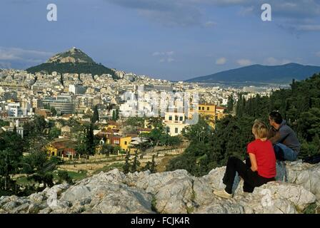 an overview of the acropolis Most visitors to athens will stroll through the picturesque streets of plaka, climb  up the acropolis, watch the changing of the national guard and enjoy a traditional .