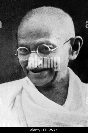 the portrait of mahatma gandhi as a leader Mahatma gandhi from forge of  in this historical questline you could learn the story of mahatma ghandhi, the leader  and rewarded users with a unique portrait.