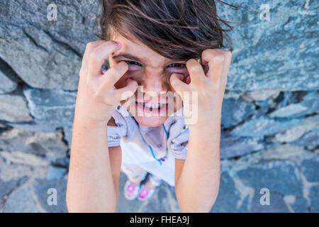 Portrait of angry little girl - Stockfoto