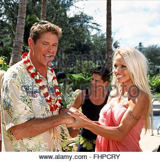 Hawaiian Pamela wedding baywatch anderson
