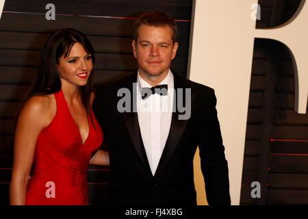 Los Angeles, California, USA. 29th Feb, 2016. Matt Damon and Luciana Barroso attend the Vanity Fair Oscar Party - Stock Photo