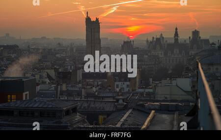 View from the roofs of Paris -  19/02/2013  -    -  The city hall and the Tower Saint Jacques of Paris, seen rom - Stock Photo