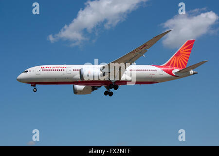 Air India Boeing 787 Dreamliner on approach - Stock Photo