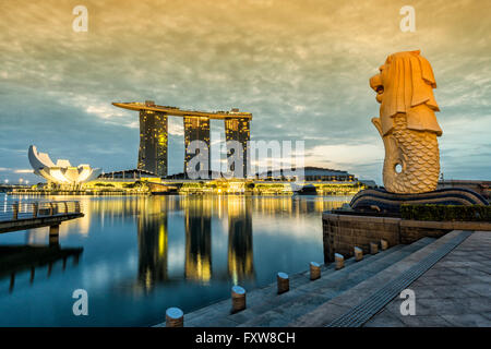 Marina Bay, Merlion, Marina Bay Sands Hotel, Pier, Singapore, Singapur, Southest Asia, - Stock Photo