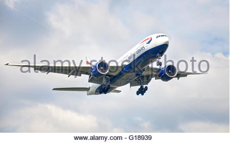 British Airways Boeing 777 G-VIIX arriving at London-Heathrow Airport LHR - Stock Photo