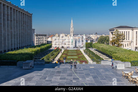 View of Mont des Arts / Kunstberg park in Brussels on a sunny day. In the background city buildings and the town - Stock Photo