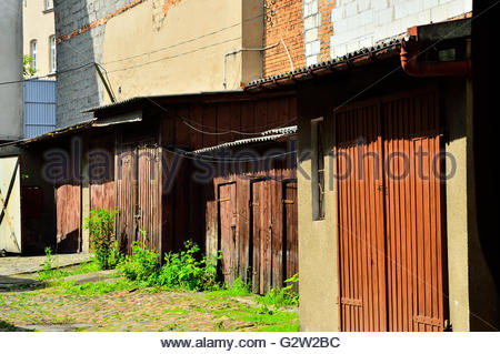 The old garage in the backyard - Stockfoto