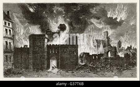 In the distance, old Saint  Paul's cathedral goes up in  flames        Date: 2 - 6 September 1666 - Stockfoto