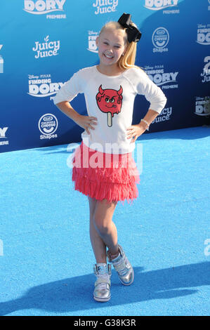 Hollywood, CA, USA. 8th June, 2016. 08 June 2016 - Hollywood. Jojo Siwa. Arrivals for the World Premiere Of Disney - Stock Photo